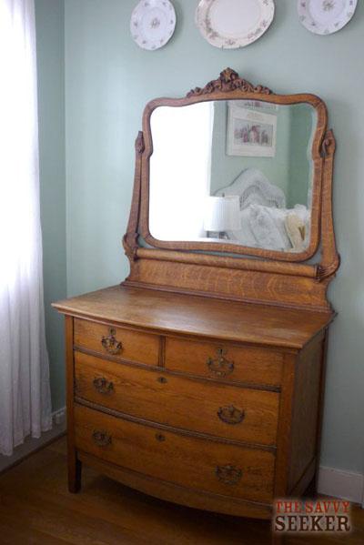 antique_oak_dresser
