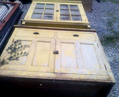 A very crusty and neglected stepback cupboard...