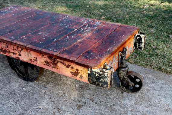 Gettin' industrial with this lovely factory cart that would make a perfect coffee table!