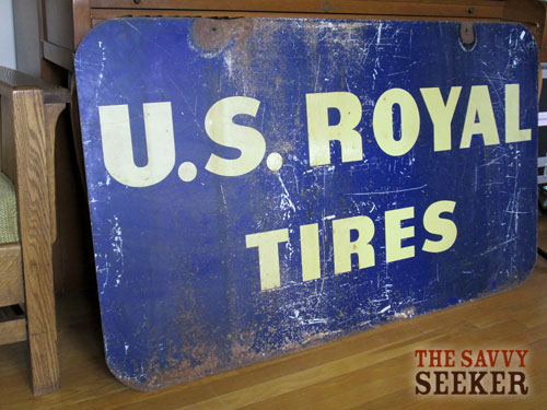 Don't you love the rusty patina on this old tire sign?