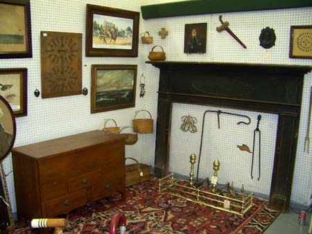 Love early American primitives? Then The Richmond Antique Spectacular is for you!