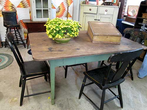antique_farm_table