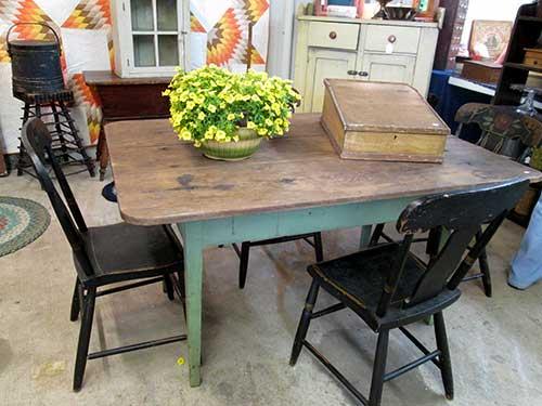 antique_farm_table