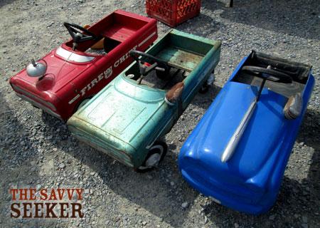 vintage_pedal_cars