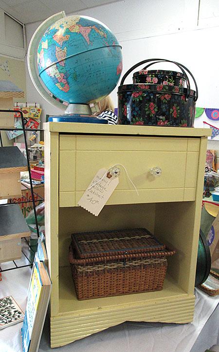 vintage_toy_globe