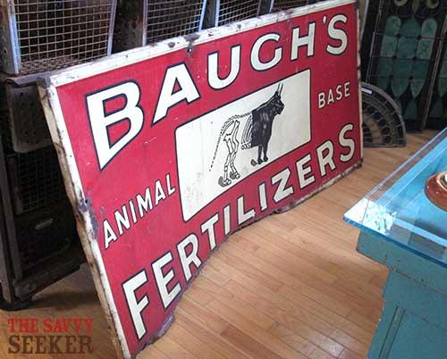 antique_baughs_fertilizer_sign