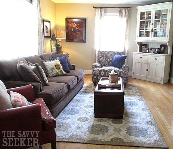 savvy_seeker_living_room